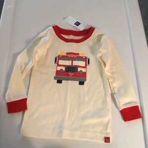 Gap Boys White/Red Fire Truck PJ Top. Size 12-18m